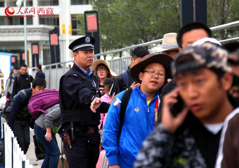 拉萨314事件纪实_拉萨铁警暑运保安全 温馨提示火车出行注意要点【2】