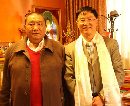 中国老龄事业发展基金会向西藏佛协捐赠奶粉