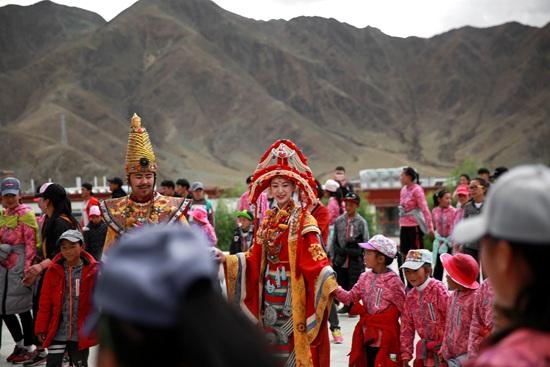 西藏儿童福利院免费观看《文成公主》