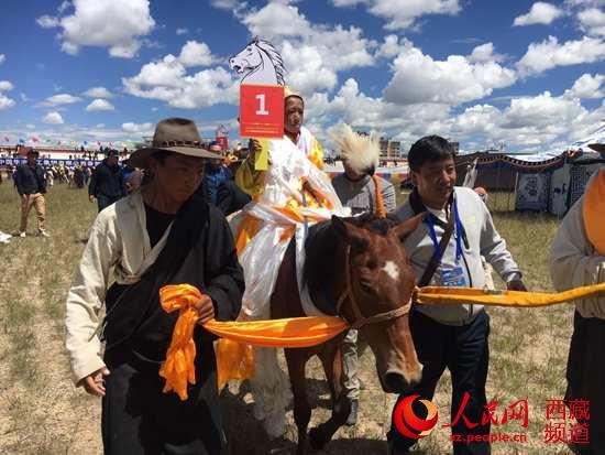 马背上的盛会——西藏那曲欢度2017羌塘恰青格萨尔赛马艺术节