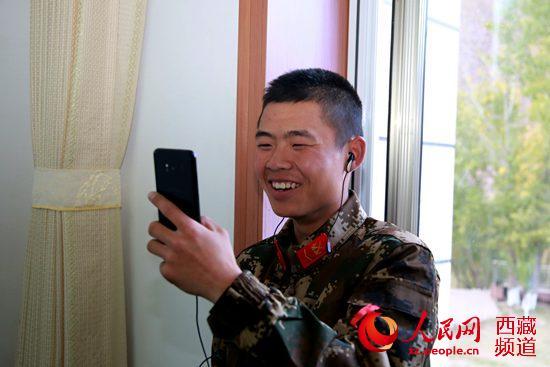 重阳节亲情昌都市队友网络电话传递武警v亲情王者荣耀坑支队视频图片