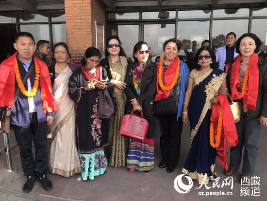 西藏妇联代表团出访尼泊尔