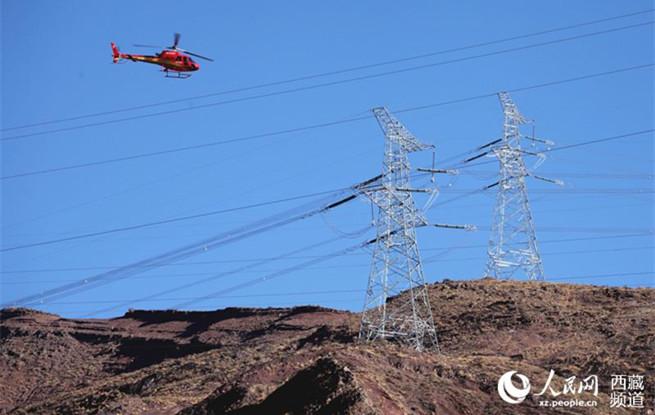 直升机巡视川藏、藏中联网线路