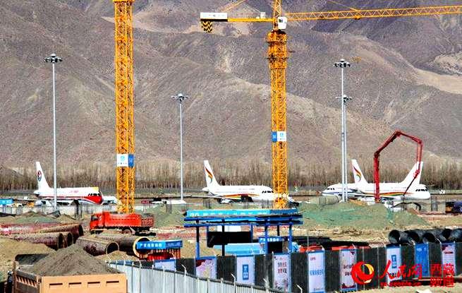 拉萨贡嘎机场T3航站楼冬施忙