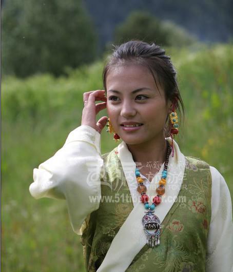 康巴美女:亦柔亦刚的美人胚子-中国西藏网-人民